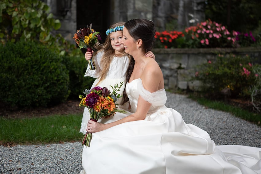 Bride and daughter at Chateau DuMont Banner Elk