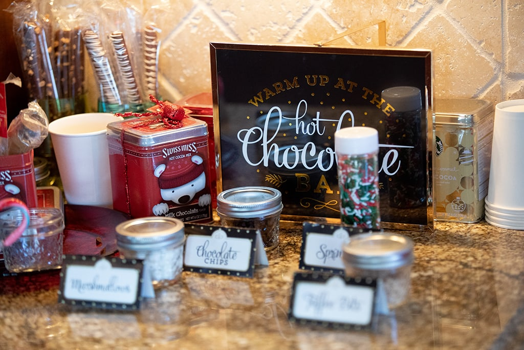 Christmas vacation hot cocoa family photography sugar grove nc